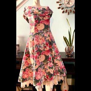 So 80's! Vintage floral dress
